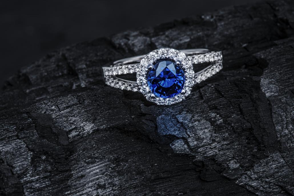 Blue Sapphire Jewelry Gemstone Atelier Michgelsen Studio KENAZ Photography Juwelier Juweel Juwelen Sierraden fotografie Studio kenaz Studiokenaz